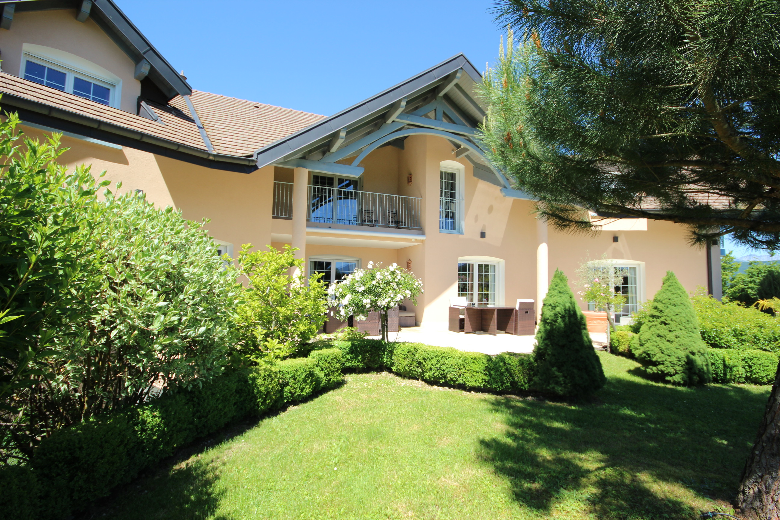 Maison Lac Annecy Beautiful Location Prs Du Lac Duannecy With