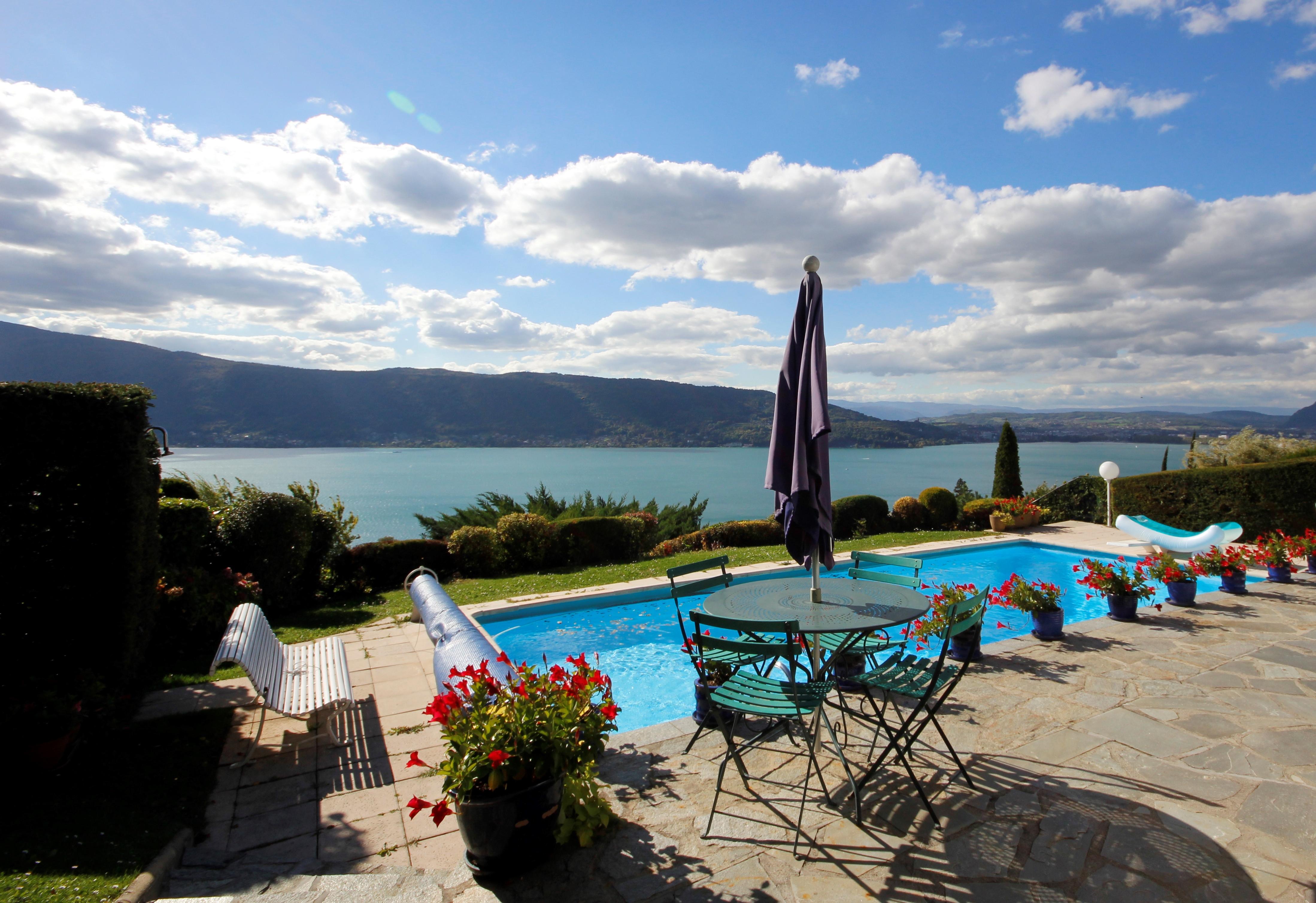 Location lac du der avec piscine villa avec piscine au for Camping lac du der avec piscine