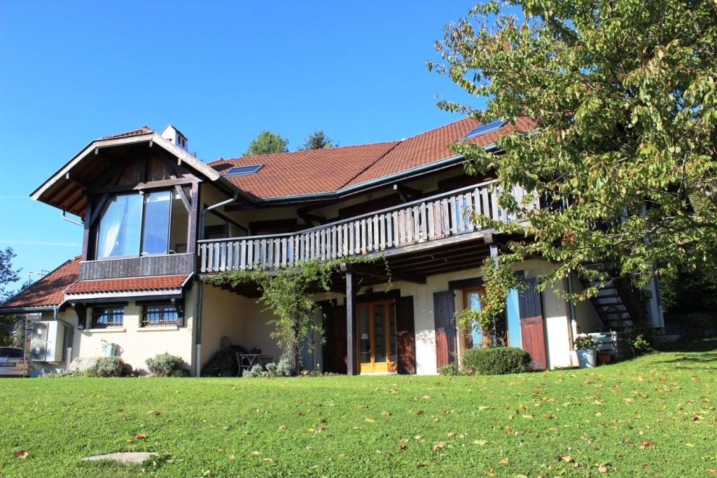 Maison avec vue lac