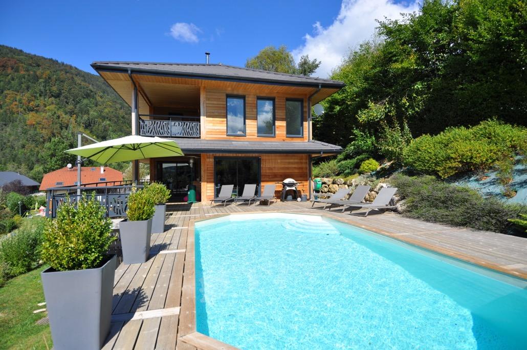 Très belle maison moderne avec piscine chauffée et vue ...