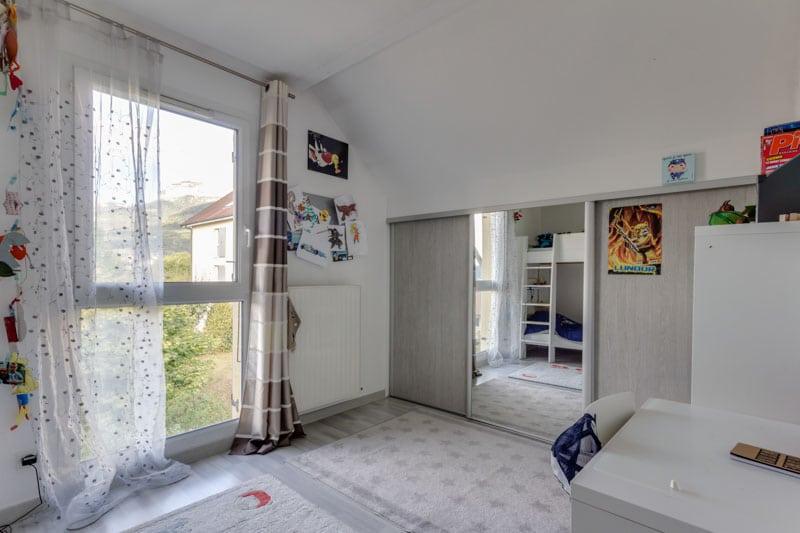 Annecy Le Vieux - Appartement 6 Pièces Dernier étage Avec Vue Dégagée