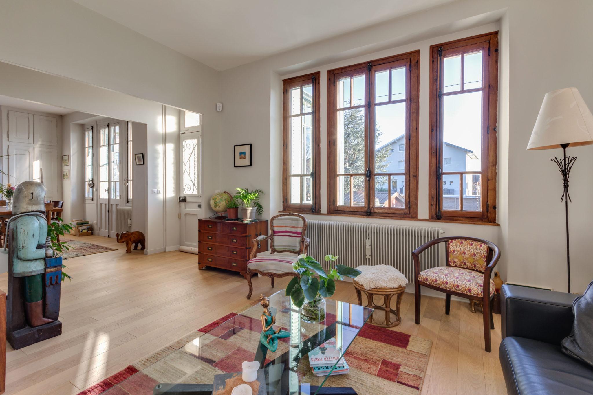 Annecy Le Vieux - Petit Port - Maison Rénovée 6 Pièces